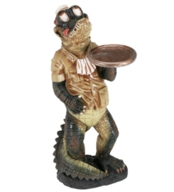 Alligator-Waiter-Statue-1-1.jpg