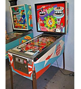 Expo-Pinball-Machine-9-1.jpg